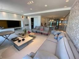 Apartamento alto padrão, todo projetado, com 3 suítes + DCE