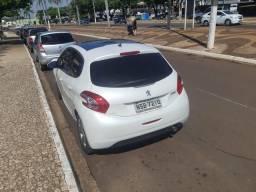 Peugeot 208 Griffe Couro Aut.1.6 - 2014