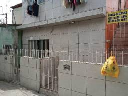 Aluga-se esta casa em Coqueiral