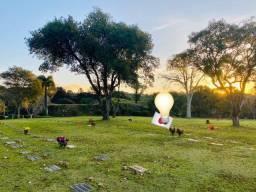 Jazigo no cemitério Parque Iguaçu - Curitiba/PR
