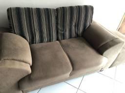 Conjunto sala de estar sofá e poltronas