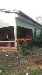Exelente casa em local fechado
