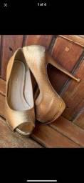Sandália croco dourada