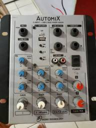 vendo  essa mesa de som Automix 2input