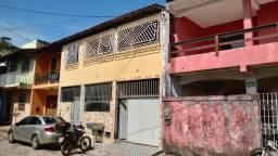 Alugo Casa de 2 Quartos no Malhado (Energia Inclusa)