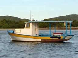 Barco de Pesca Motor B18 - 2009