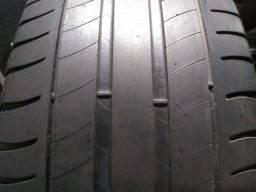 Título do anúncio: 215/55/17 pneus seminovos originais, marca Michelin