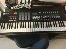 Teclado controlador MIDI akai mpk61