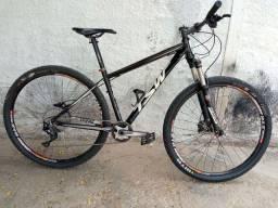 Bicicleta TSW AWE aro 29 Shimano XT11V
