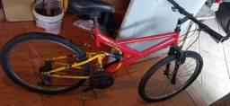 Bicicleta com suspensão
