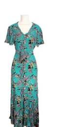 Vestido Longo Tecido estampado floral moda evangélica com botões