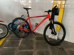 Bike Bicicleta Cannondale Trail 7 2020 c/ conjunto deore + slx