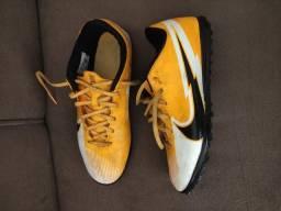 Título do anúncio: Chuteira Society Nike Mercurial Vapor 13 Club TAM 40