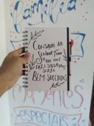 Cadernos de anotações personalizados