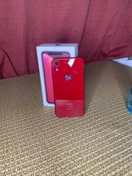 iPhone XR 64GB - Red.