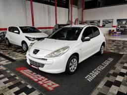 Peugeot 207 XR 1.4 - 2013