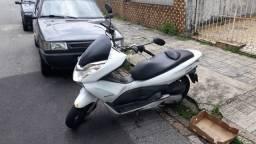 Moto pcx 2015 branca