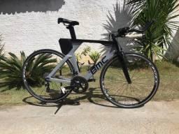 BMC TimeMachine 02 Triathlon Grupo 105 22v Bike em Carbono