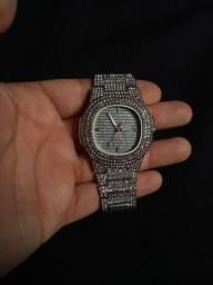 Vendo relógio Ice cravejado.