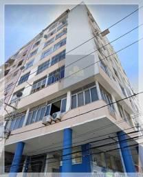 Apartamento 2/4 para na venda na Carlos Gomes.