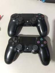 2 Controles PS4 original semi novo