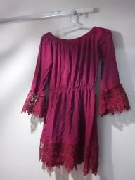 Vestido Marsala manga longa com detalhes em renda