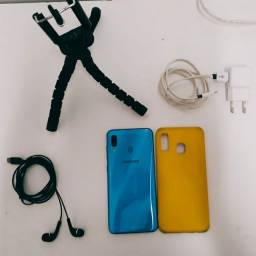 Smartphone Samsung A30 64gb 4ram