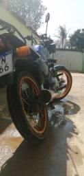 CG Titan 96 motor de strada 230
