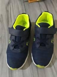 Sapato infantil vendo