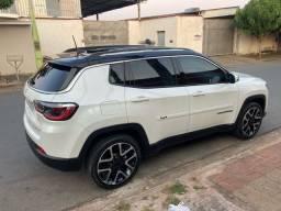 Título do anúncio: Jeep Compass Limited zerado