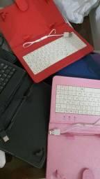 Capinha tablets com teclado
