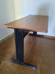 Mesa de Escritório por R$ 150