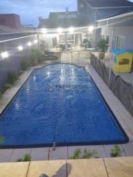 Linda casa com 4 suítes em terreno de 600 m2 no Residencial Primavera. Segurança e qualida