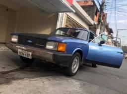 Vendo Caravam Comodoro 1981 !