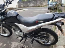 Vendo Honda Bros 160 15/15