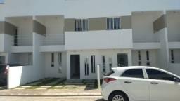 Casas Duplex 2 QTS C/ 88 m2 em Condomínio Fechado / Financia !
