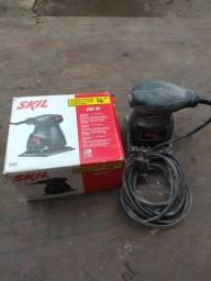 Lixadeira skill 200W - R$ 90,00