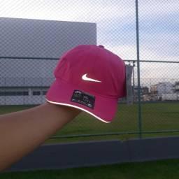 Boné Nike Refletível