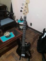 Contra baixo Giannini Sonic series 4 cordas modelo jazz bass.