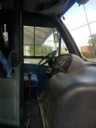 Vendo ou troco micro onibus