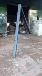Coluna para placa