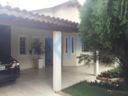 Casa no bairro belvedere em divinópolis