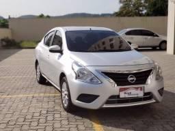 Nissan versa sv 1.6 completo com gnv - 2017