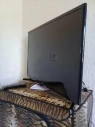 Tv Led 32 polegadas Samsung. Bem conservada