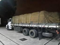 Carroceria de Madeira 8,30 mts em bom estado
