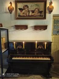 Piano pleyel antigo