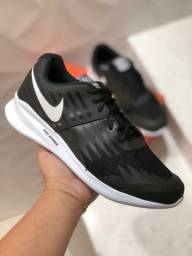 Tênis Nike Star Runner GS