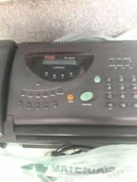 Secretaria eletrônica. Telefone e fax