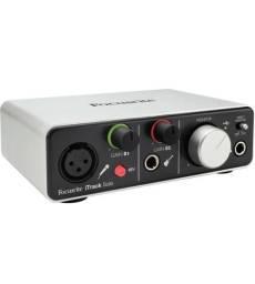 Interface de Áudio Focusriste itrack solo