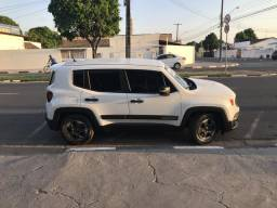 Vendo Jeep Renegade 1.8 flex - 2018